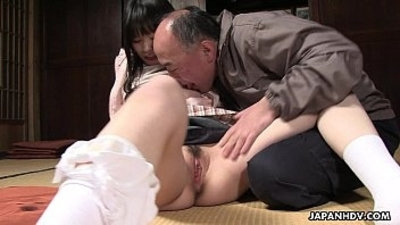 Naive Asian getting her wet pussy eaten out perfectly