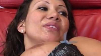 Slutty cougar fucks a construction worker girl with all holes